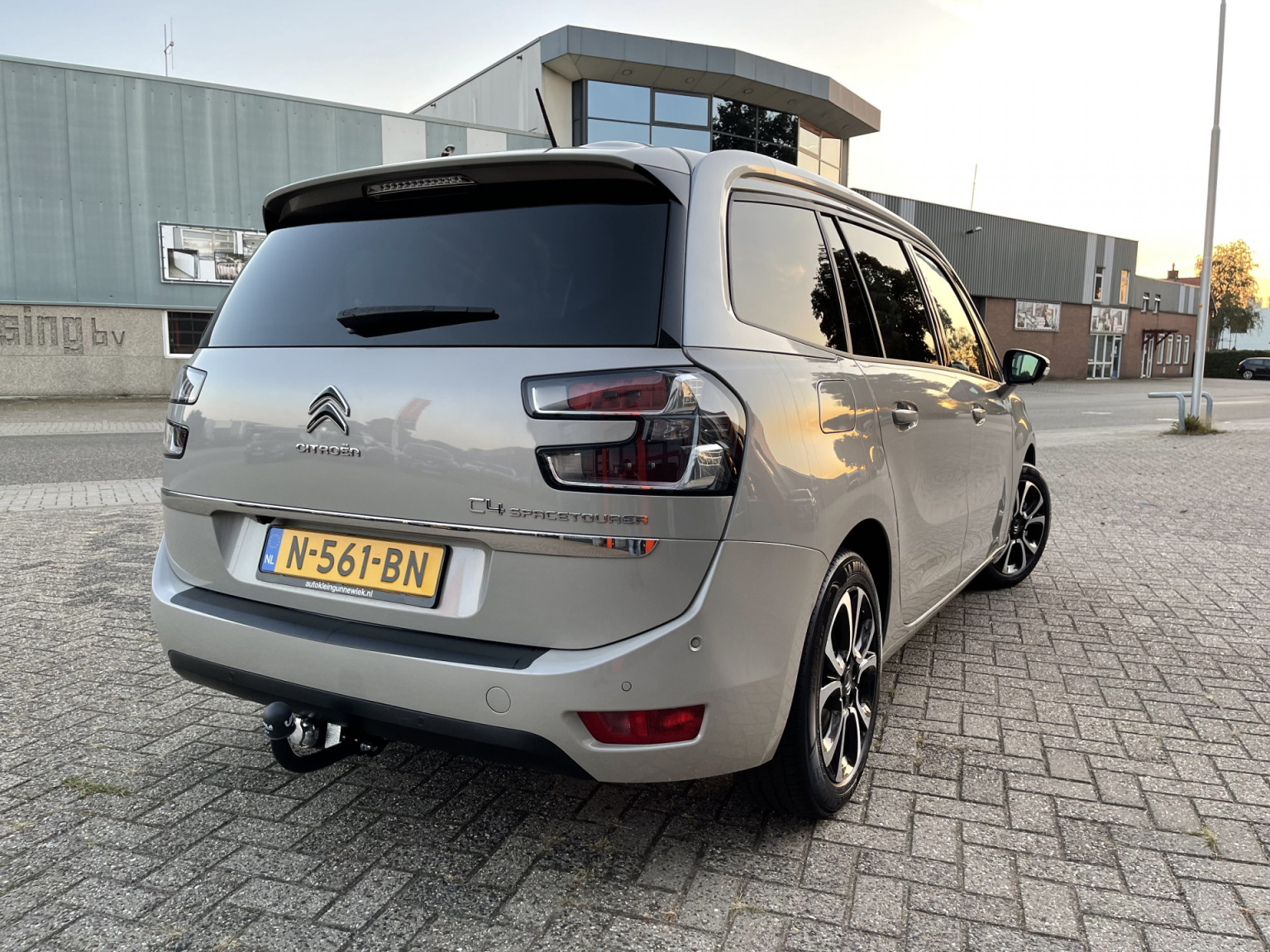 Citroën-Grand C4 Spacetourer-5