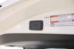 Toyota-RAV4-20