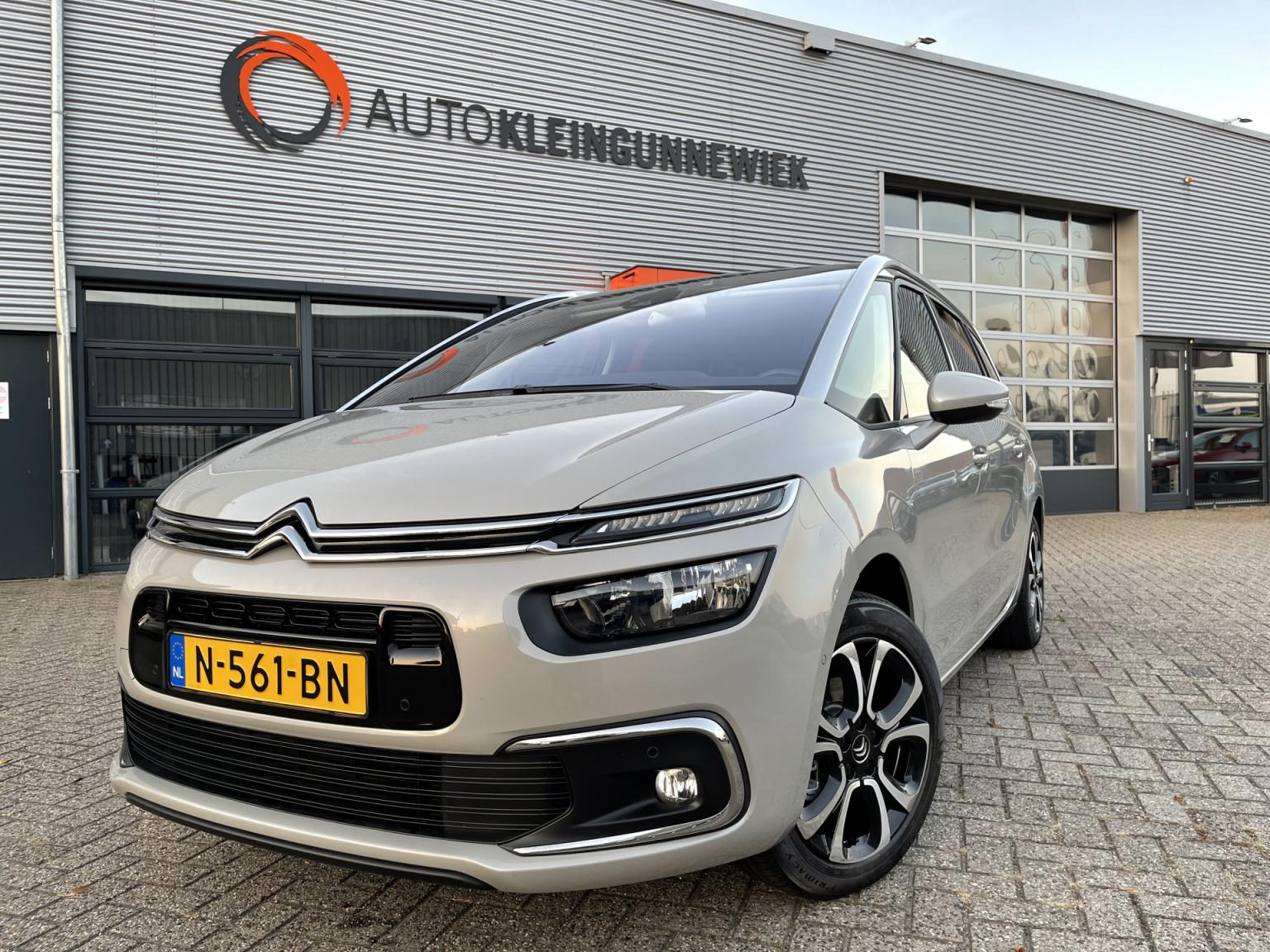 Citroën-Grand C4 Spacetourer-0